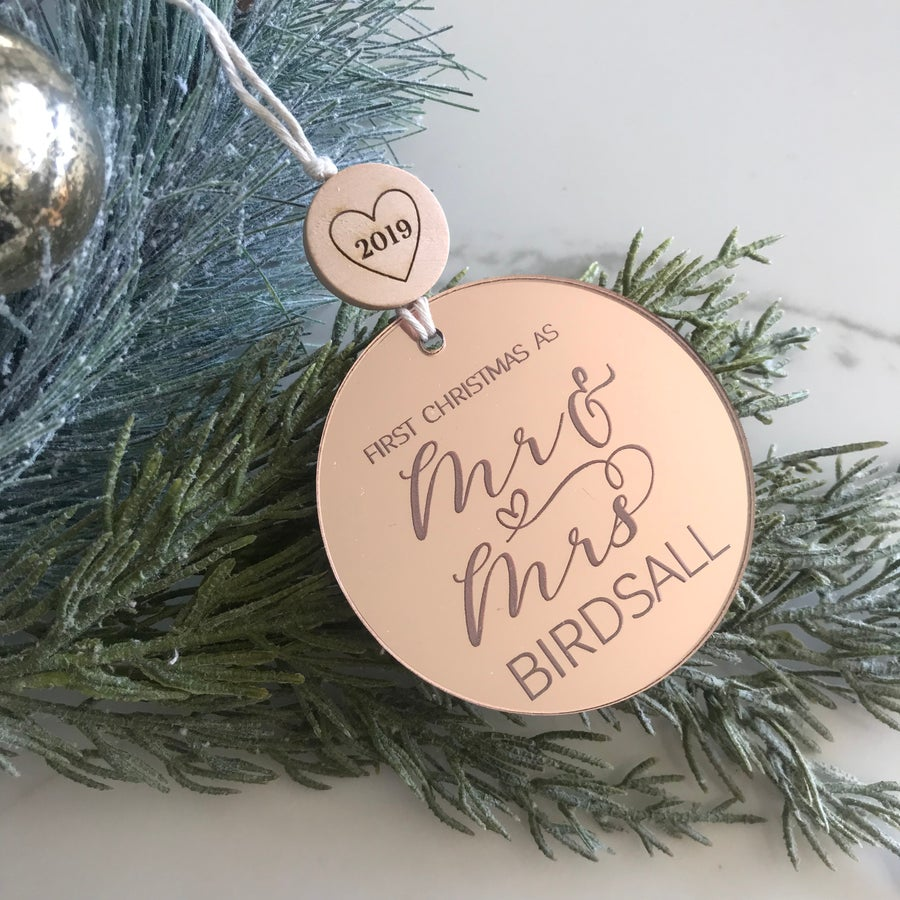 Image of Mr & Mrs Ornament