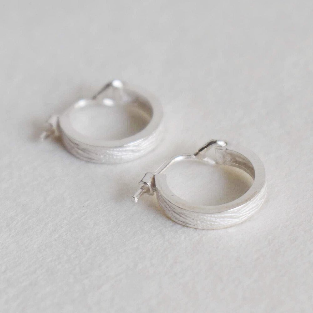 Image of Silver Scratches Hoop Earrings