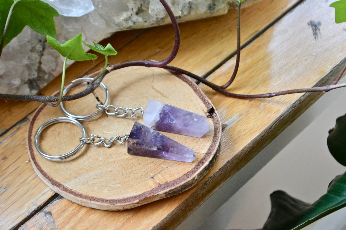 Image of Polished amethyst key chain