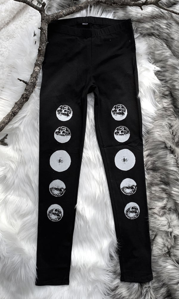 Image of MOON PHASE LEGGINGS