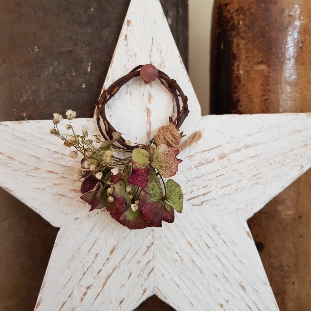 Image of Wreath Star
