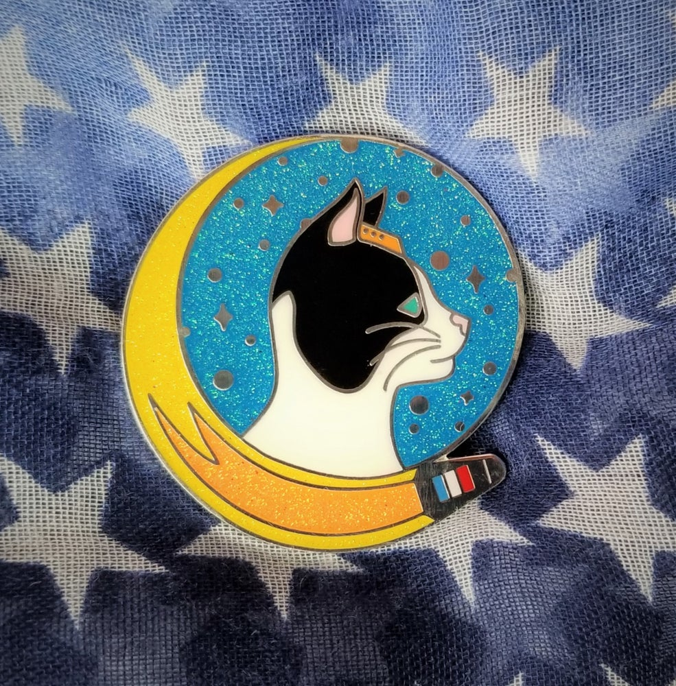 Image of Félicette Pin