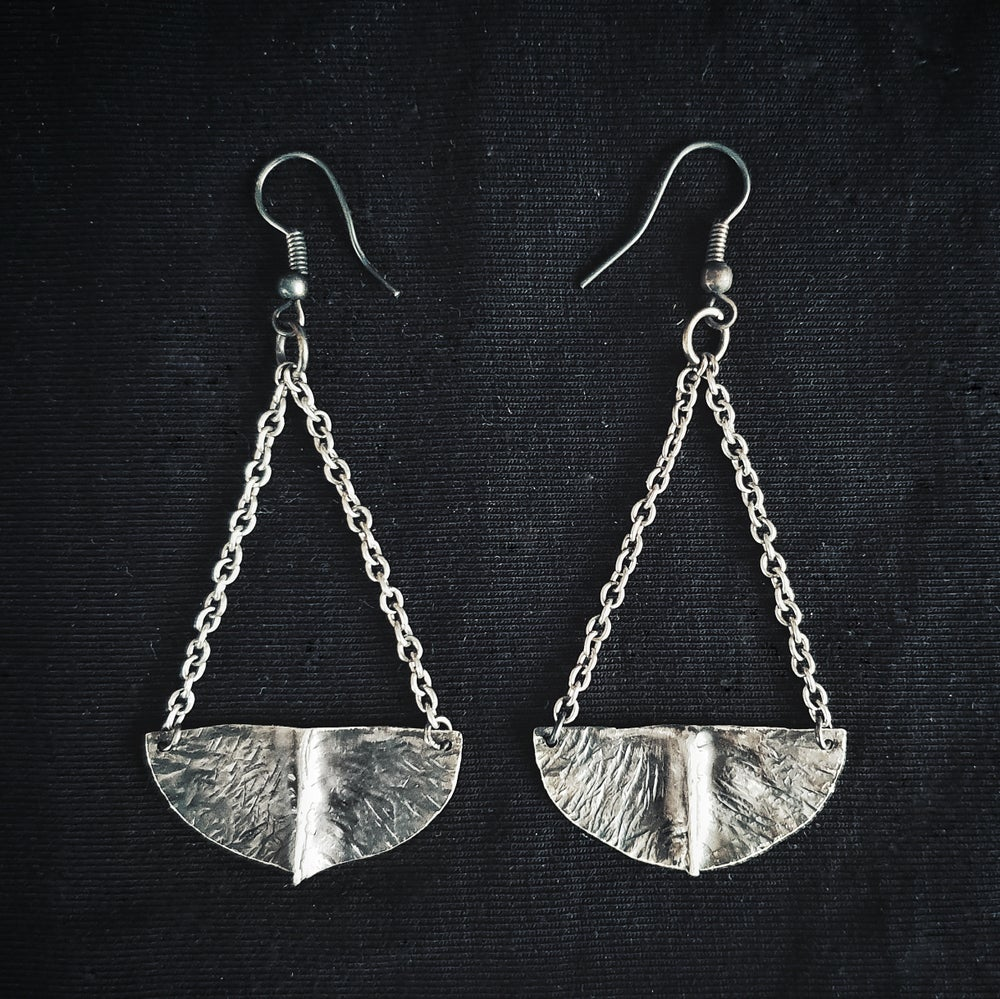 Image of WITCH'S CAULDRON I sterling silver earring pair