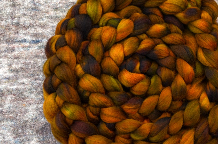 """Image of """"Sultana"""" October Fiber Club Coordinates- PRE-ORDER - OPEN TO ALL - 4 oz."""