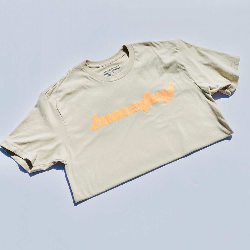 "BOOSTED ""CALABASAS"" CLAY --- T-SHIRT"
