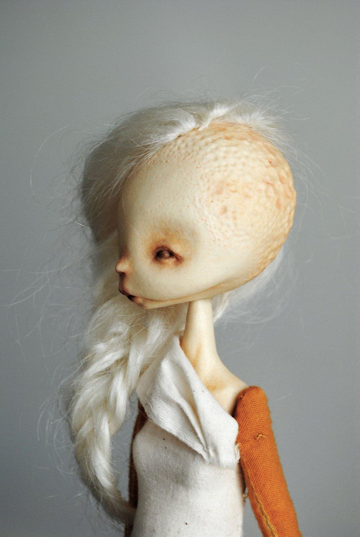 Image of ovum ii mimic : in bone & marigold no.1