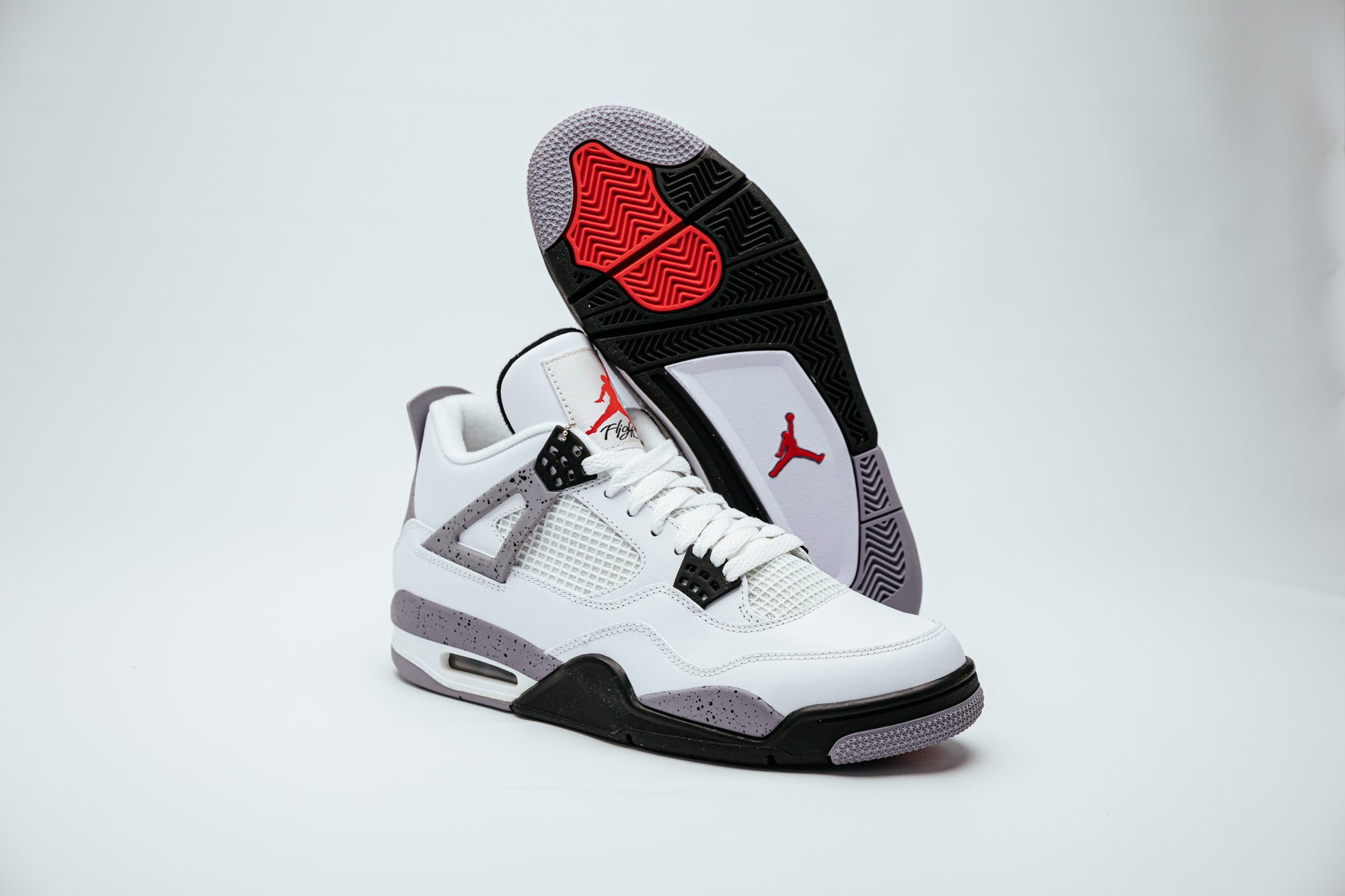 Enumerar torpe Depresión  Air Jordan 4 Retro - Cement | ALLSOLEDOUT