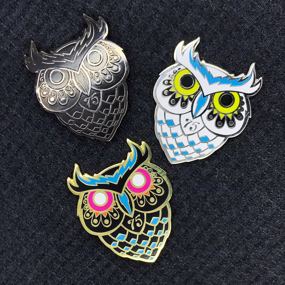 "Image of Series 4 ""Dad Owl"" Pins"