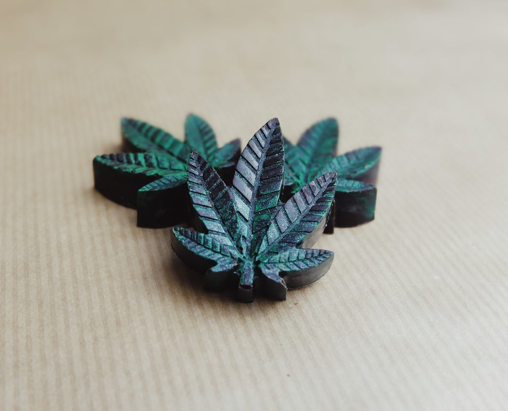 Image of Handmade Vegan 65% Dark Chocolate Leaf containing CBD Oil