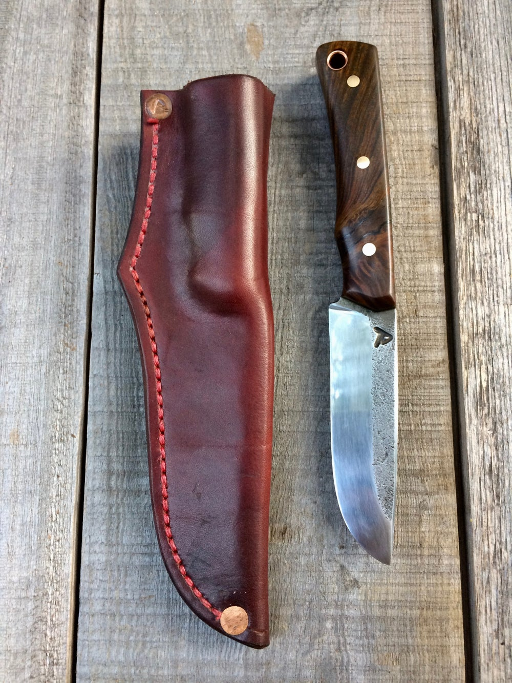 Image of CPM 3V Scandinavian style Skinner w/ Argentine Lignum Vitae Handle and Leather Sheath