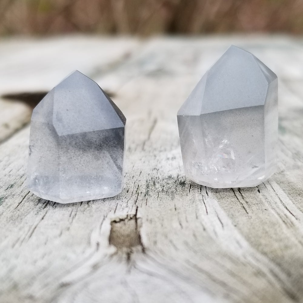 Image of Gray Lithium Phantom Quartz Mini Towers