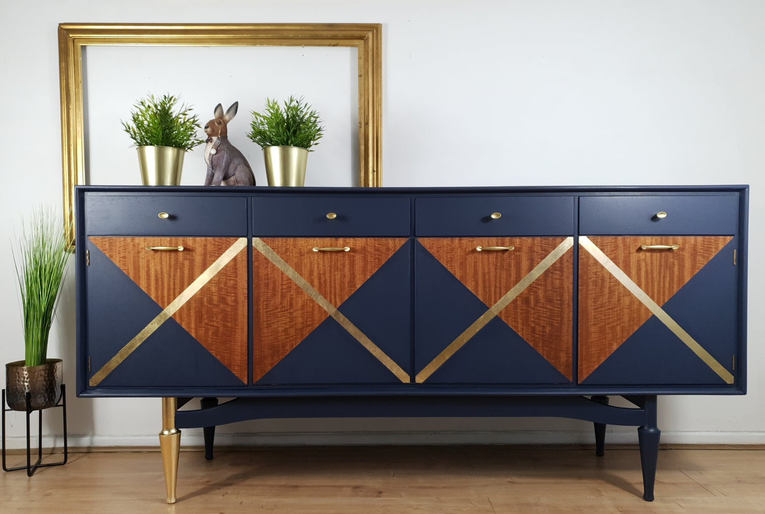 Image of Greaves & Thomas sideboard in Navy & gold