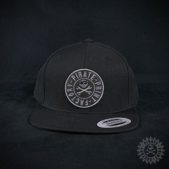 Image of SNAPBACK STAMP BLACK