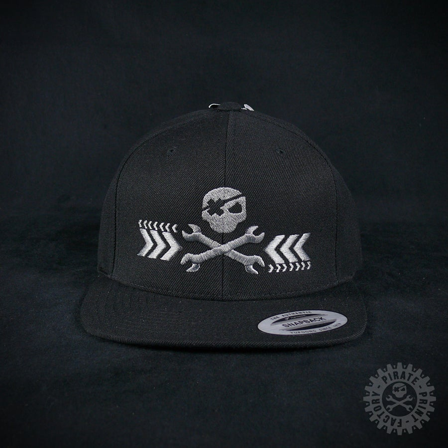 Image of SNAPBACK PIRATE BLACK/GREY