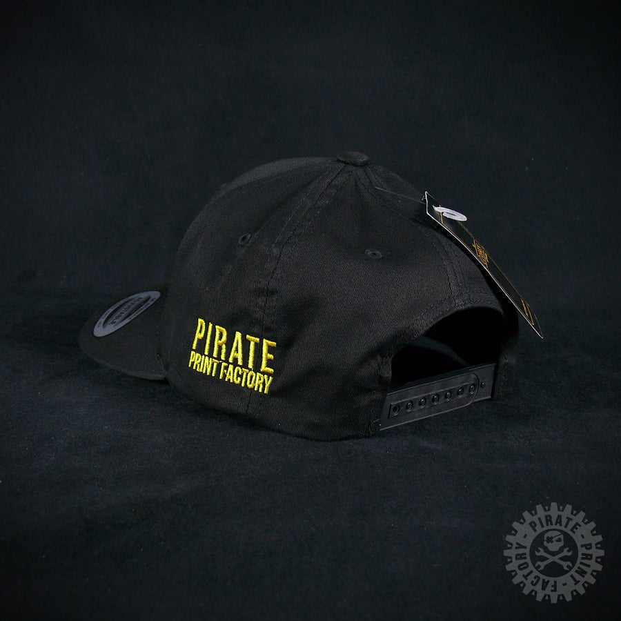 Image of ADJUSTABLE CAP PIRATE BLACK/GOLD