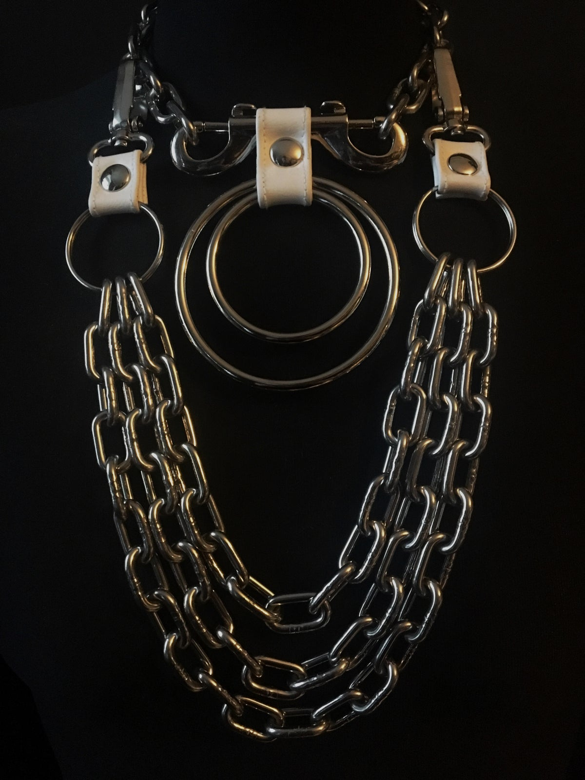 Double ring necklace white vegan leather