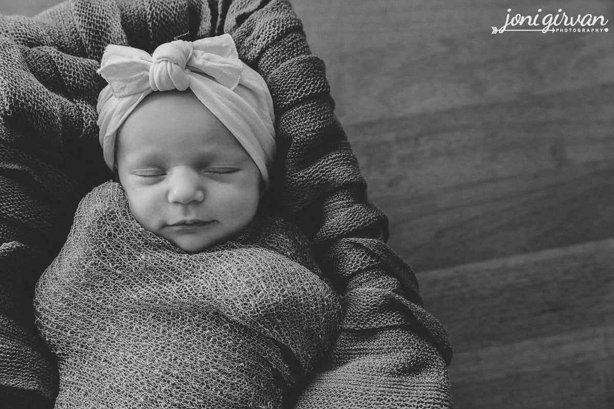 Image of 2020 Newborn Session | Retainer