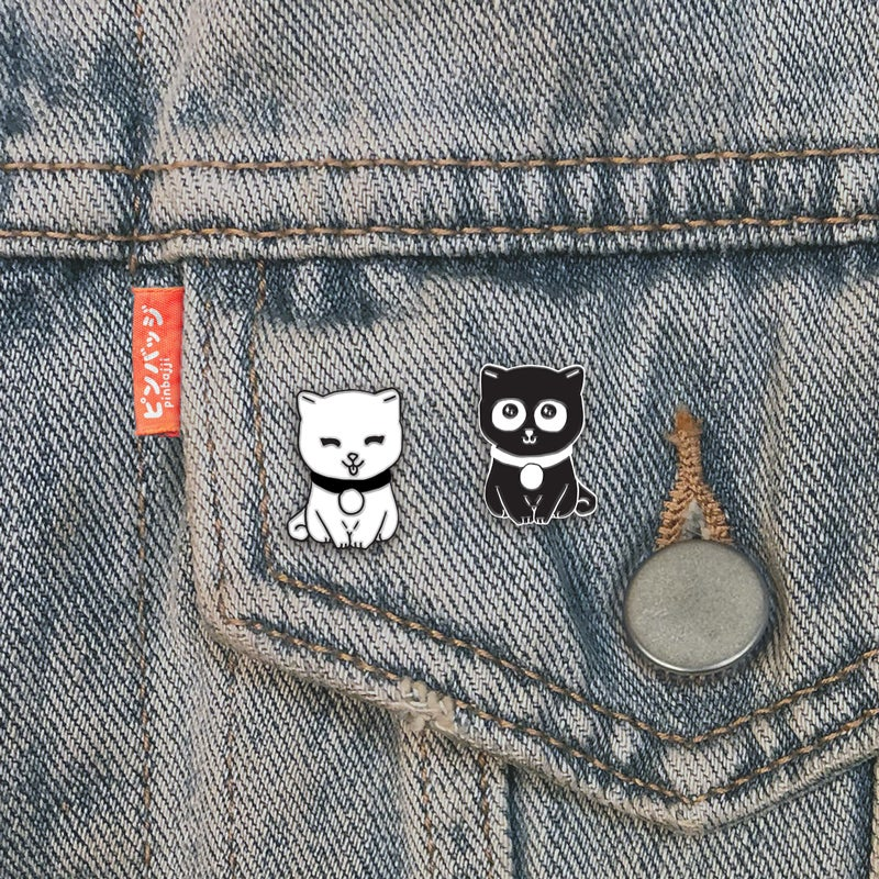 Image of Set of 2 Kawaii Cat Pins