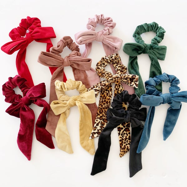 Image of Velvet scrunchie bows