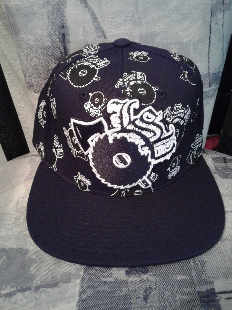 Image of BLACK LSP WITH BLACK EMBROIDERED LSP FITTED HAT