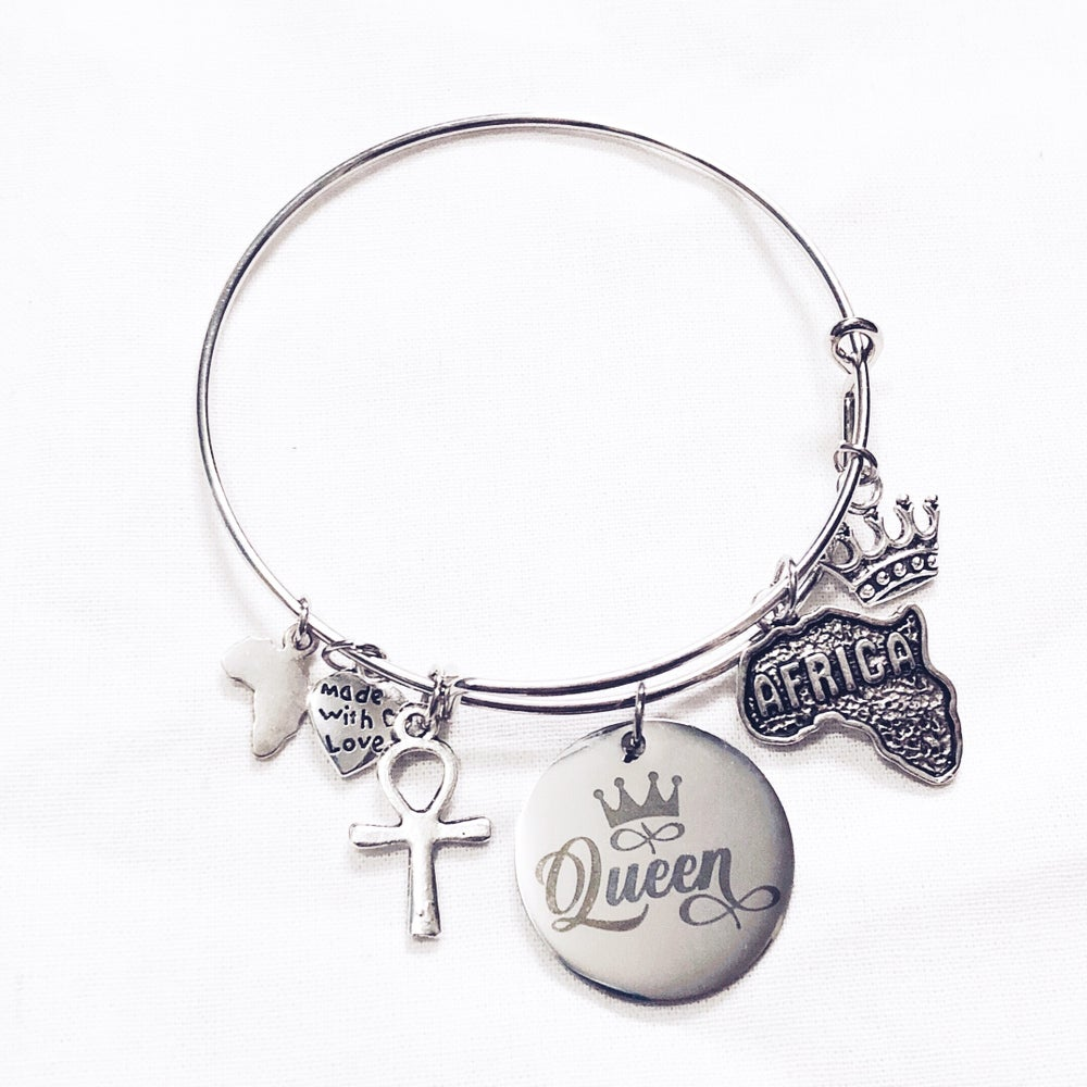 Image of Queen Bangle
