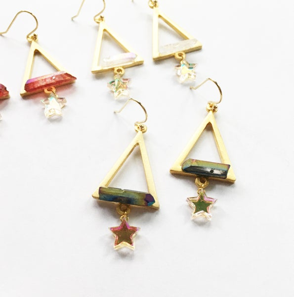 Image of Pyramid Jewel Earrings - Golden