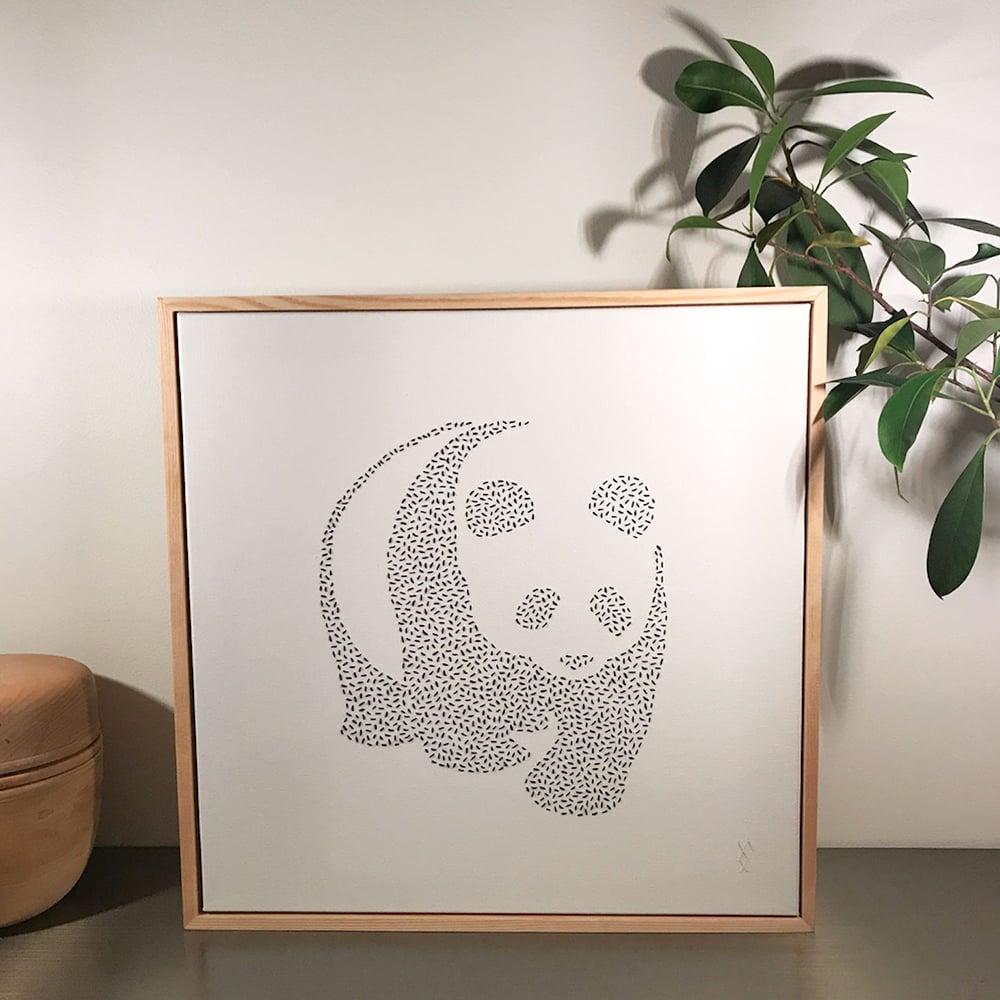 Image of Panda, brodert på lerret