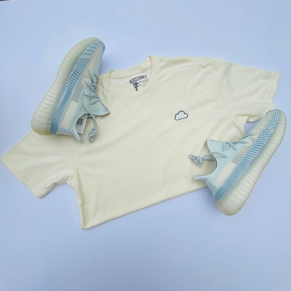 "Image of CLOUD ""WHITE CLOUD/CITRIN"" EMBROIDERY T-SHIRT & HOODY"