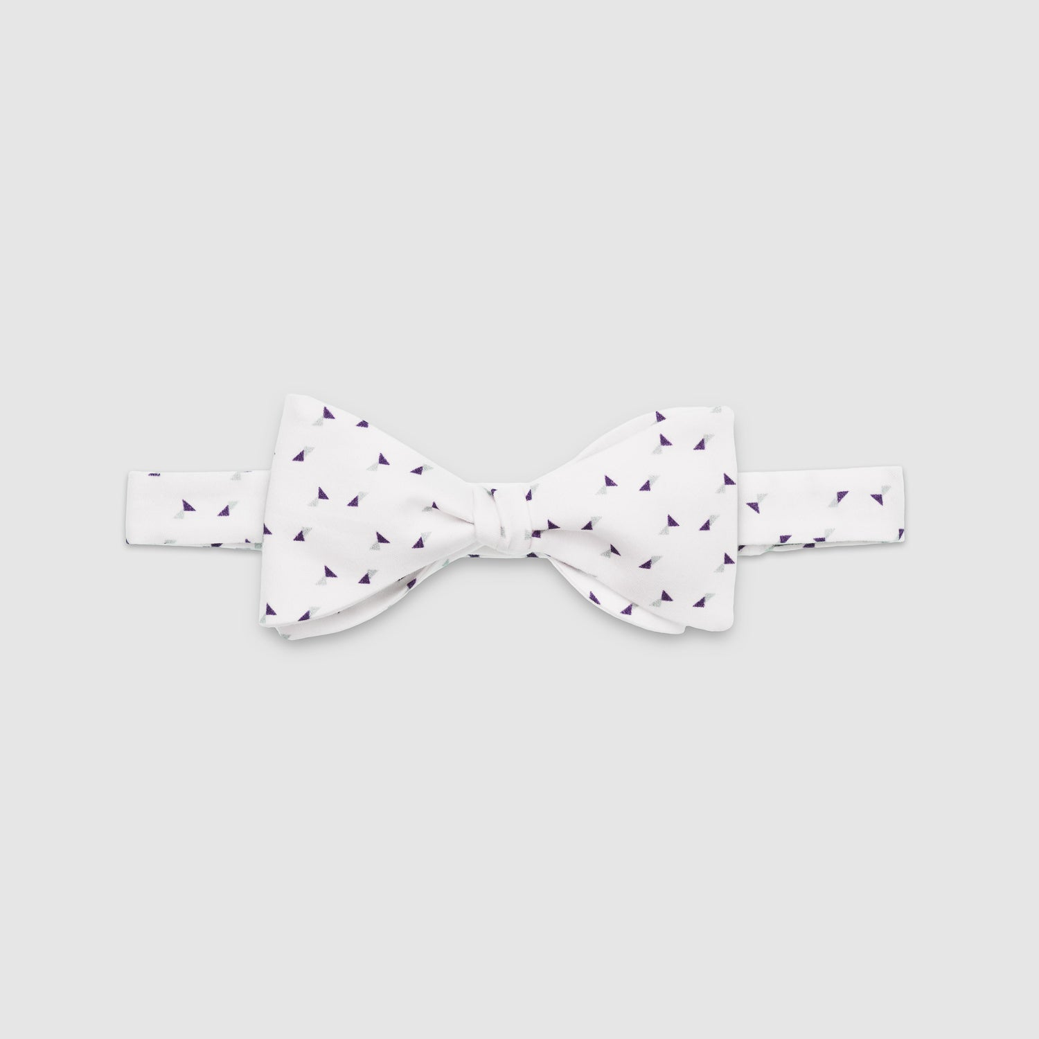 HILDA - the bow tie