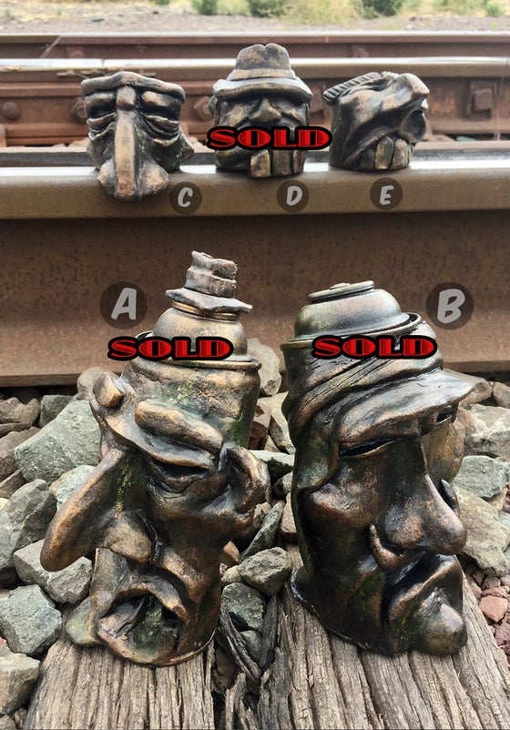 "Image of ""Yard Heads"""