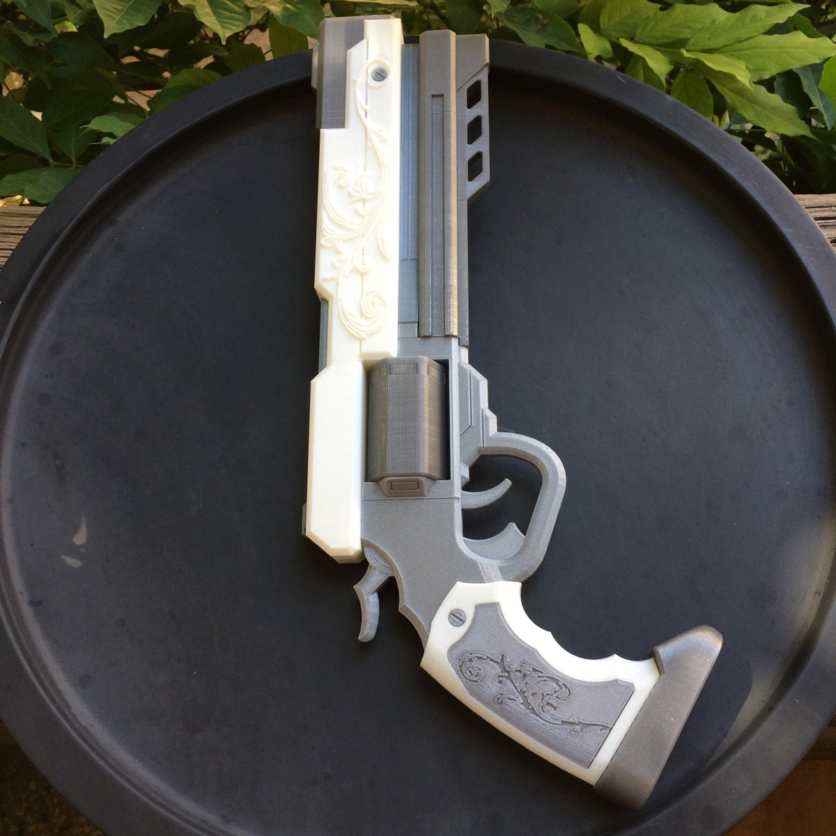 Image of James Ironwood's Revolver from RWBY (3D Printed)