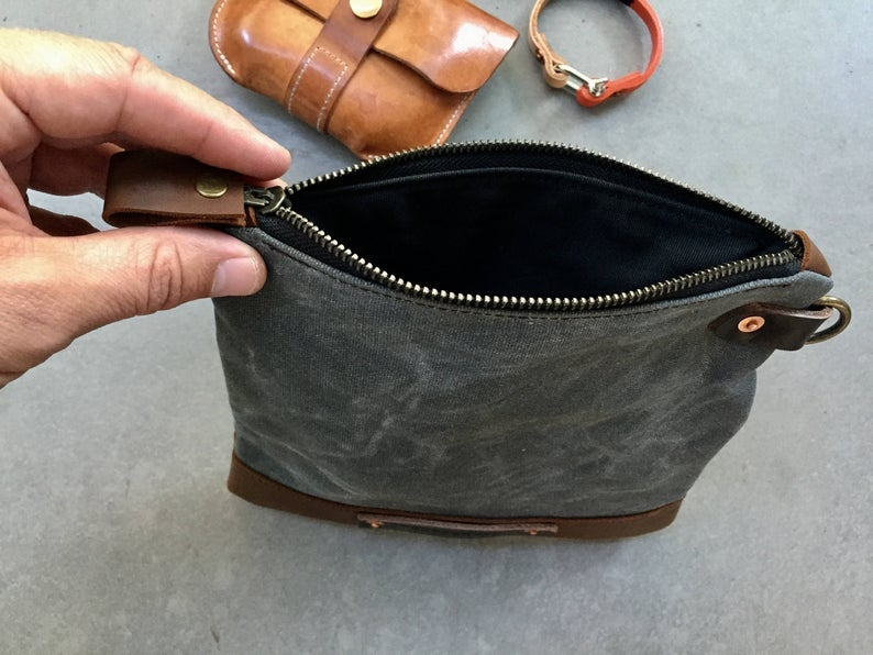 Image of pouch in waxed canvas toiletry bag