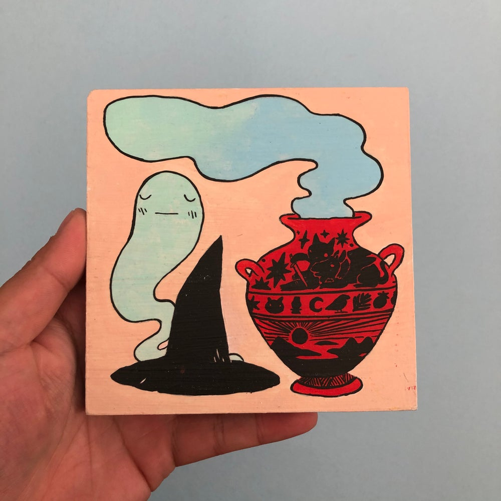 Image of Witch's Hat/St George Vase