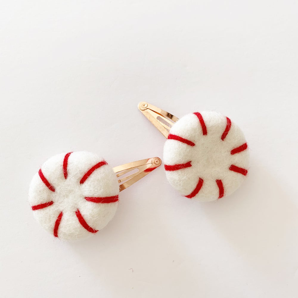 Image of Felt Peppermint Clip