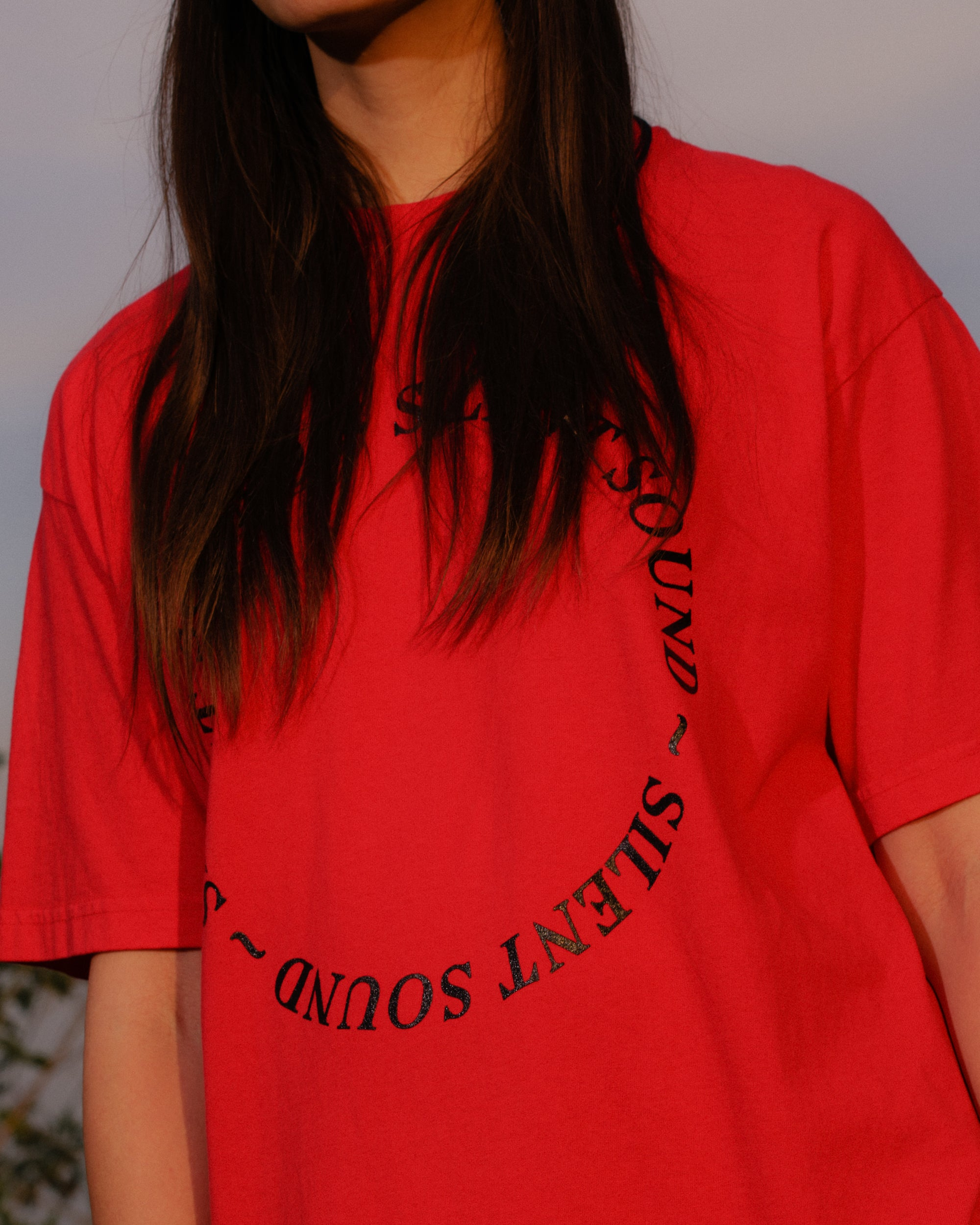 Image of S/S Circle Tee - Tomato Red / Black