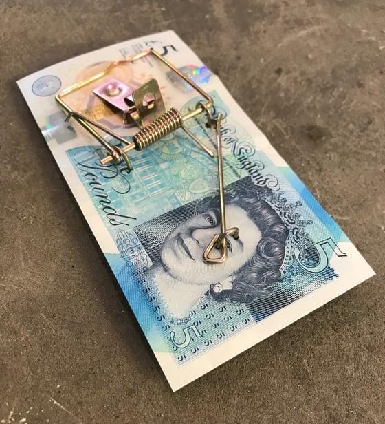 Image of Pure Evil: Money trap
