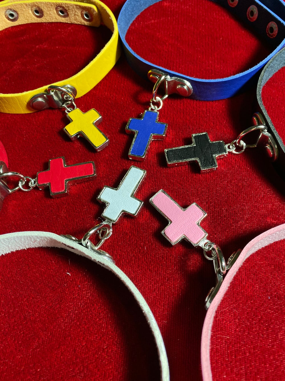 Small Cross Chokers (7 colors)