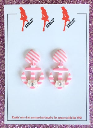 Image of Nautical Bombshell Sweetheart Earrings - Pink