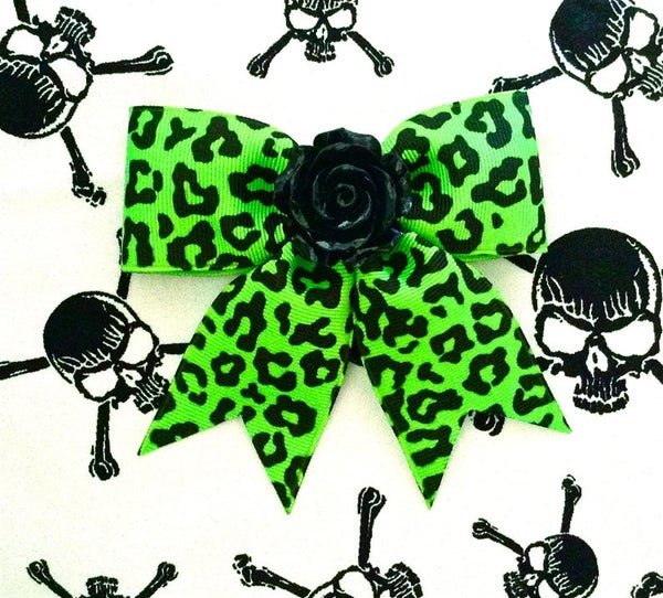 Image of Hellcat Rosie Leopard Hair Bow - Flaming Green