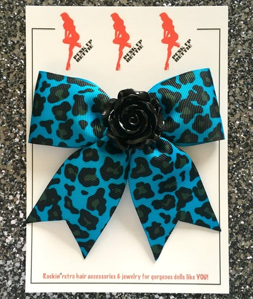 Image of Psycho Rosie Turquoise Leopard Hair Bow
