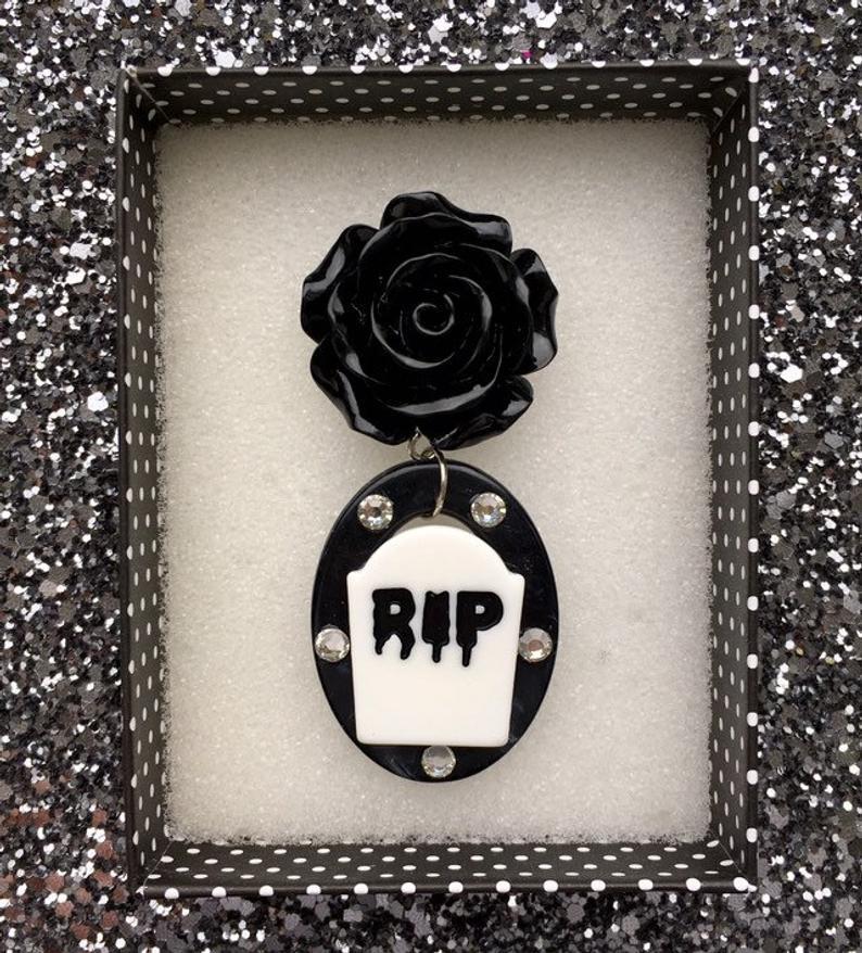 Image of SALE - Death by Beauty Brooch
