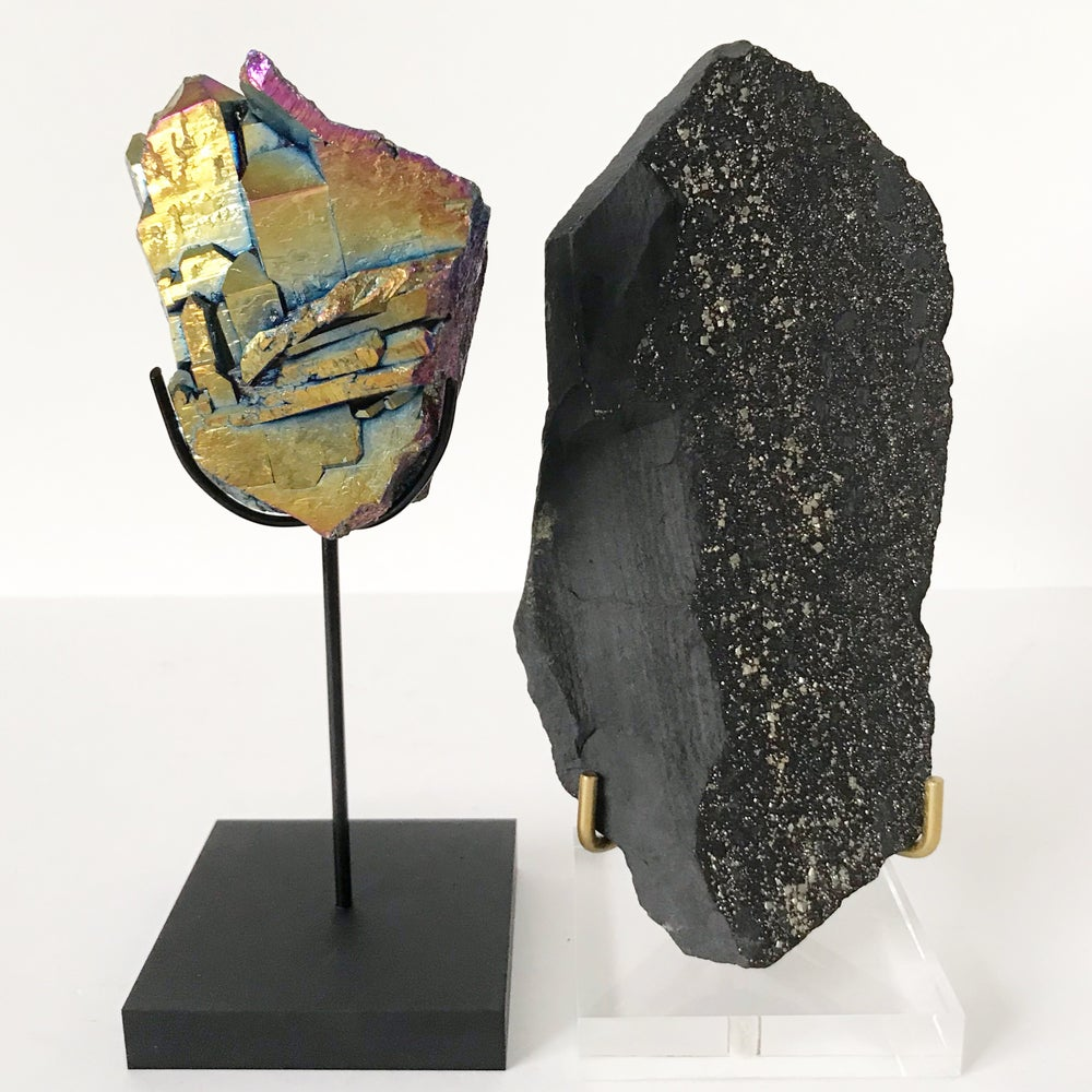 Image of Titanium Coated Quartz no.11 + Matte Black Lucite Stand