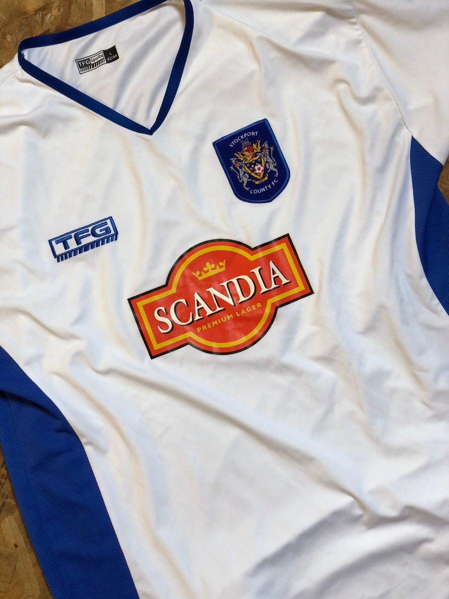 Image of Replica 2004/05 TFG Away Shirt