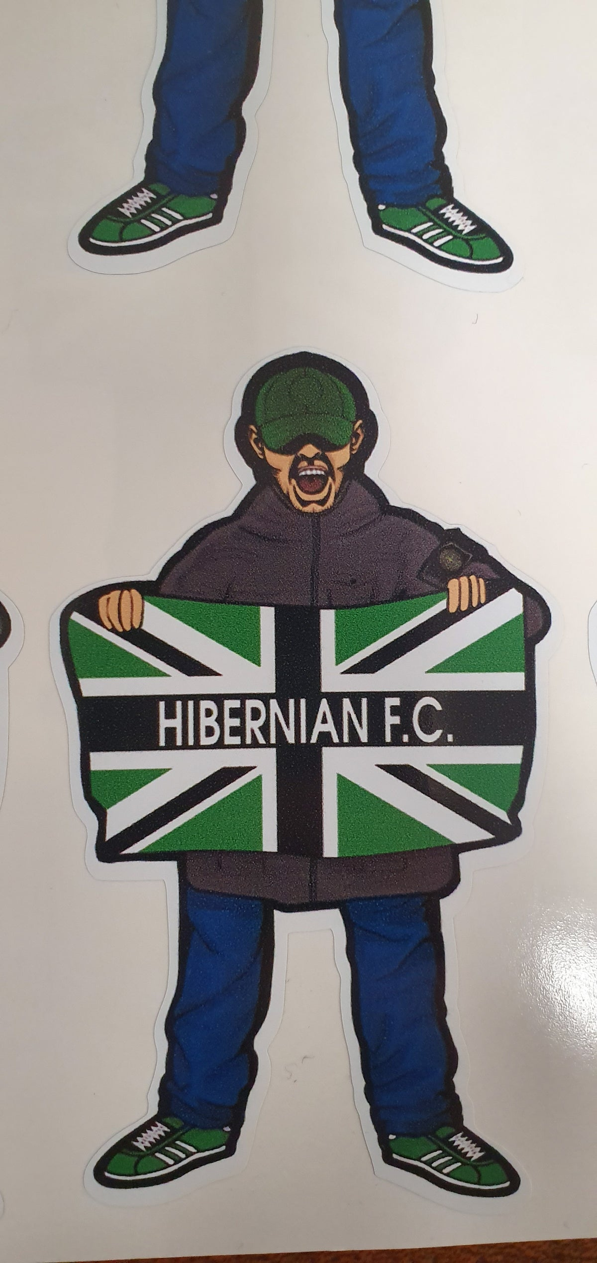 Hibs, Hibernian, Casual holding flag, pack of 20 9cm stickers