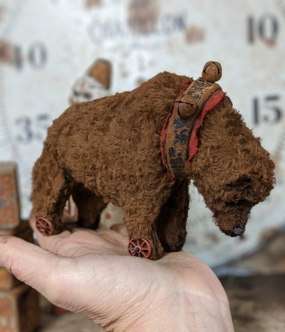 "Image of 4"" tall old antique style bear pull toy by whendis bears"