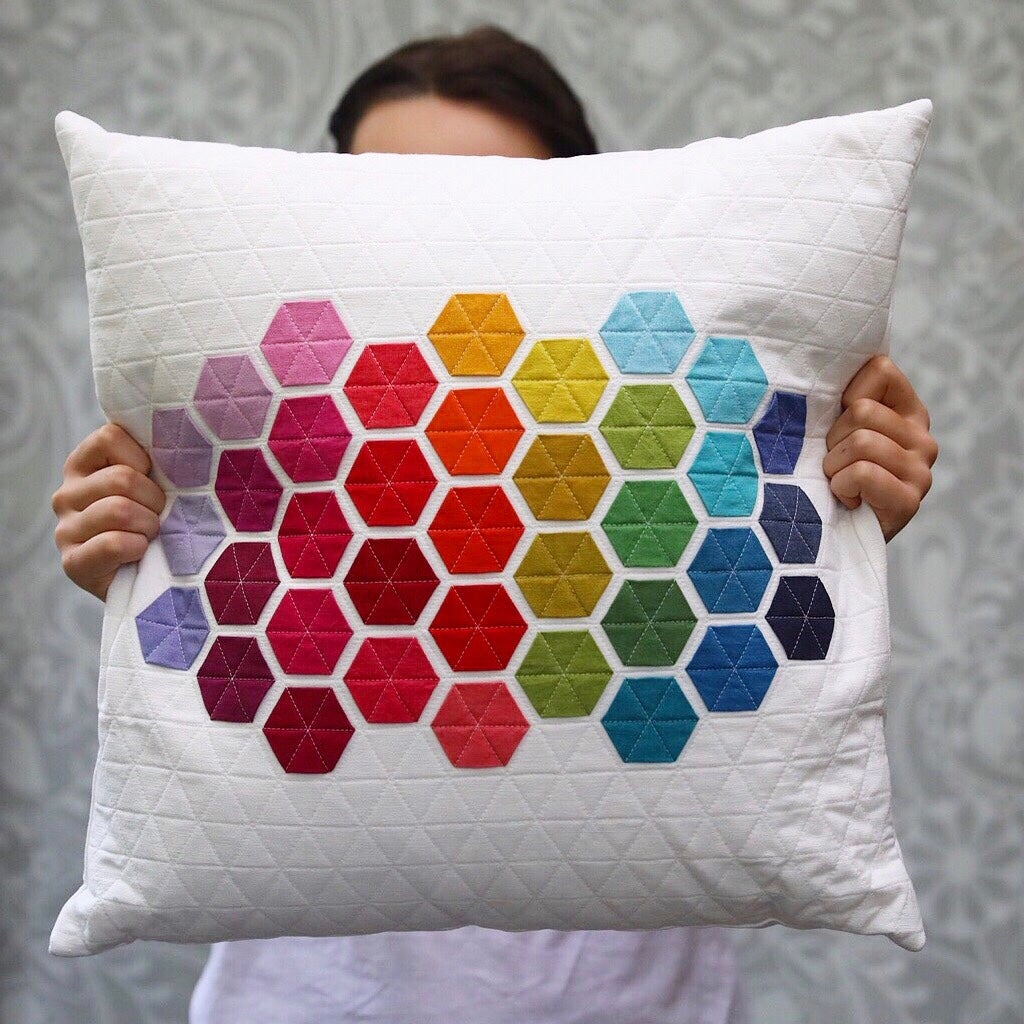 Image of SQUARE HEXIE PILLOWS