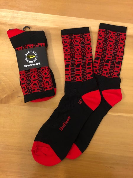 Image of Pull Through DARK MODE socks