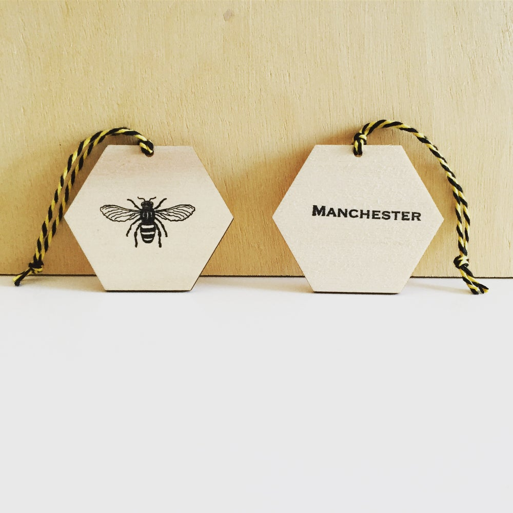 Image of MANCHESTER BEE PLYWOOD CHRISTMAS DECORATION