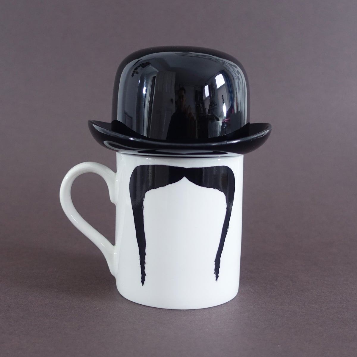 Image of Fu Manchu Moustache Mug and Thomson & Thompson Black Sugar Bowl Set