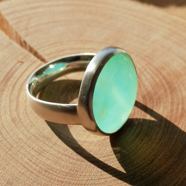Image of Chrysoprase and sterling silver ring